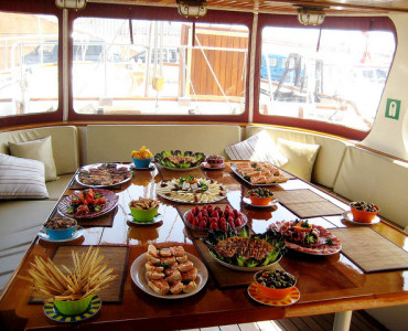 Alquiler de barco para eventos en Barcelona
