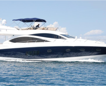 Sunseeker Manhatan 56 estribor